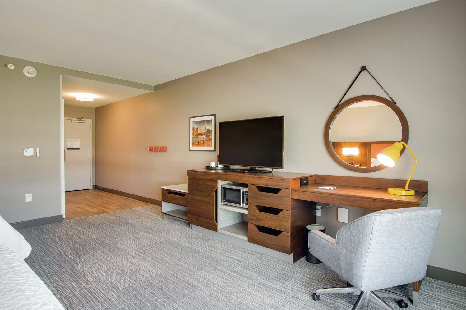 Room - Hampton Inn & Suites North Skyline Nashville