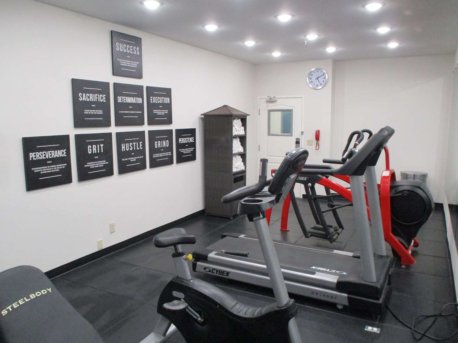 Fitness/ Exercise Room - Best Western Worlds of Fun Inn & Suites Kansas City