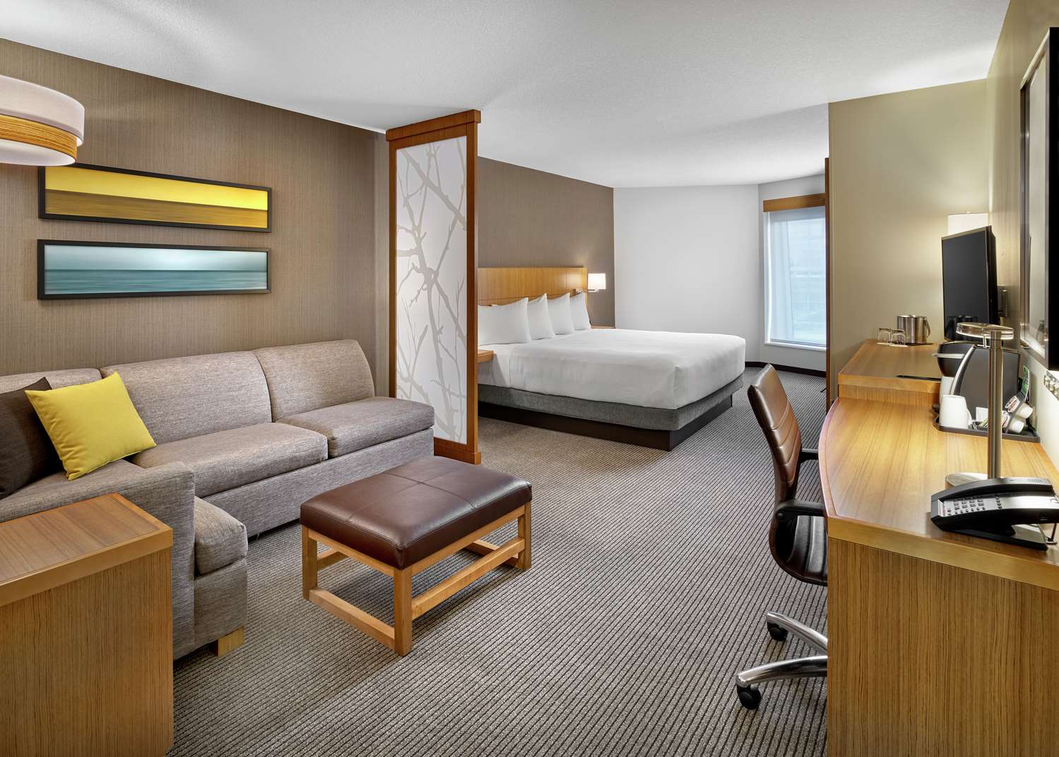 Room - DoubleTree by Hilton Hotel Downtown Edmonton