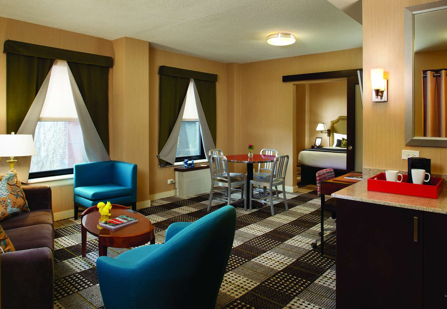 Suite - Hotel Lincoln Chicago