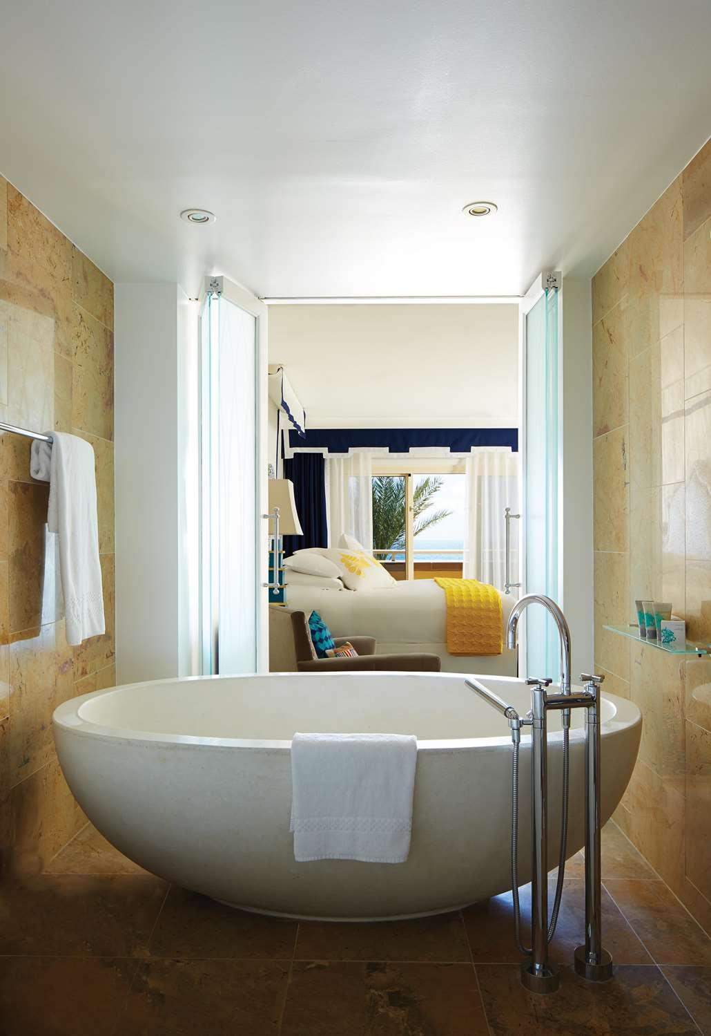 Room - Eau Palm Beach Resort & Spa Manalapan