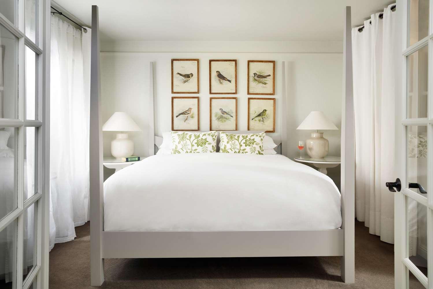 Room - Farmhouse Inn & Restaurant Forestville