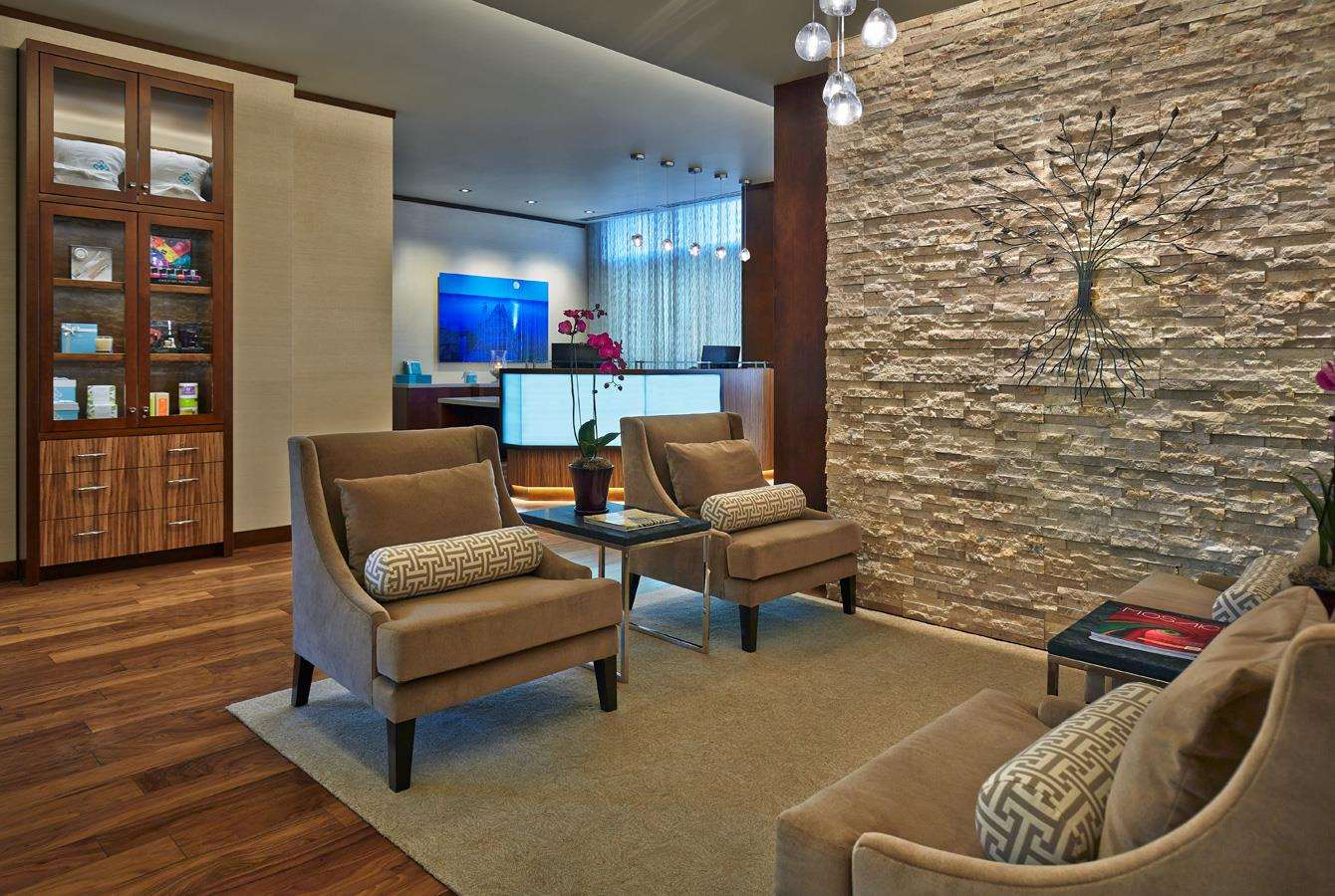 Room - Hotel Arista at Citygate Centre Naperville