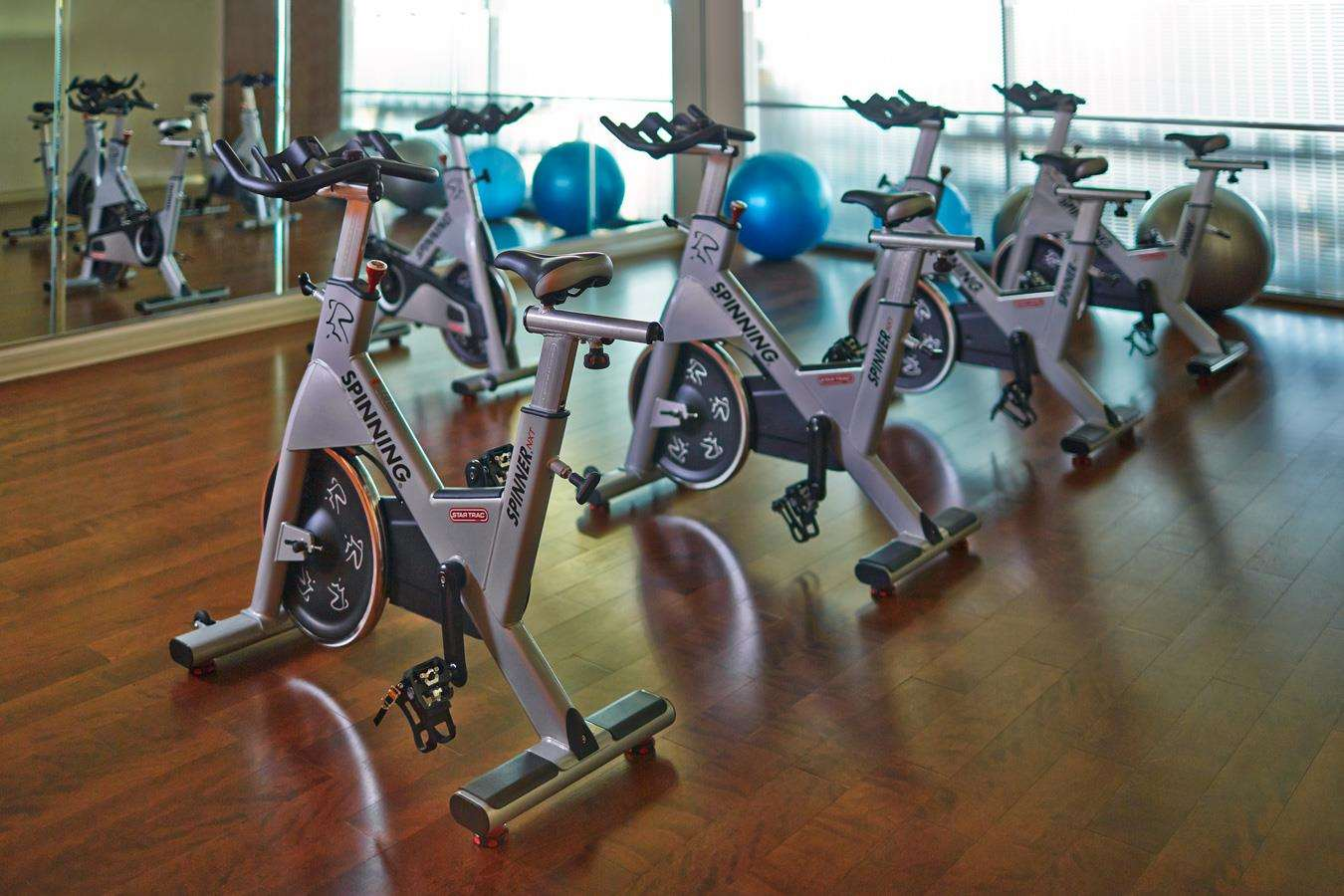 Fitness/ Exercise Room - Hotel Arista at Citygate Centre Naperville