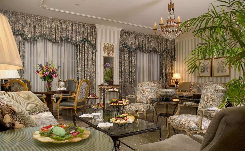 Suite - Hotel Monteleone New Orleans