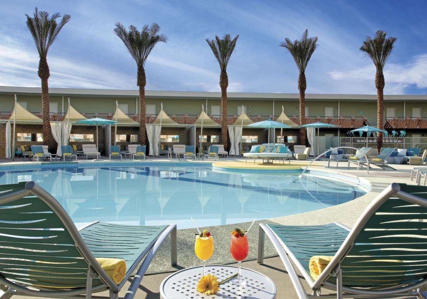 Pool - Hotel Valley Ho Scottsdale