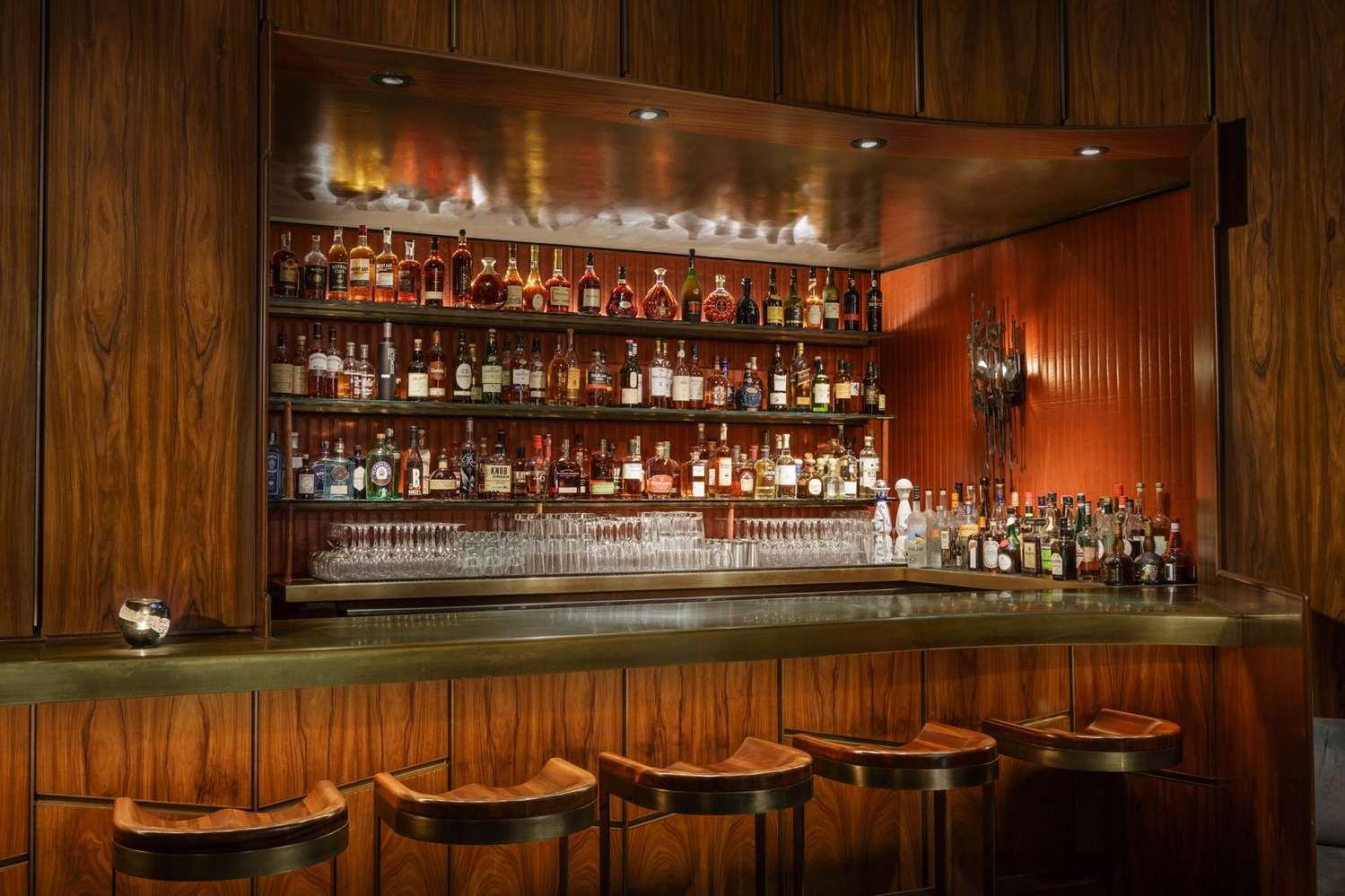 Restaurant - Royalton Hotel New York