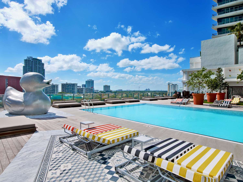 Beach - SLS Hotel Residences Miami