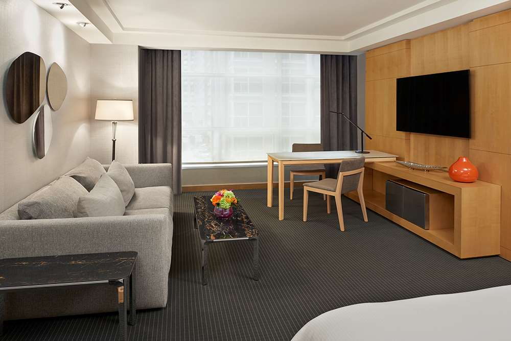 Room - SoHo Metropolitan Hotel & Residences Toronto