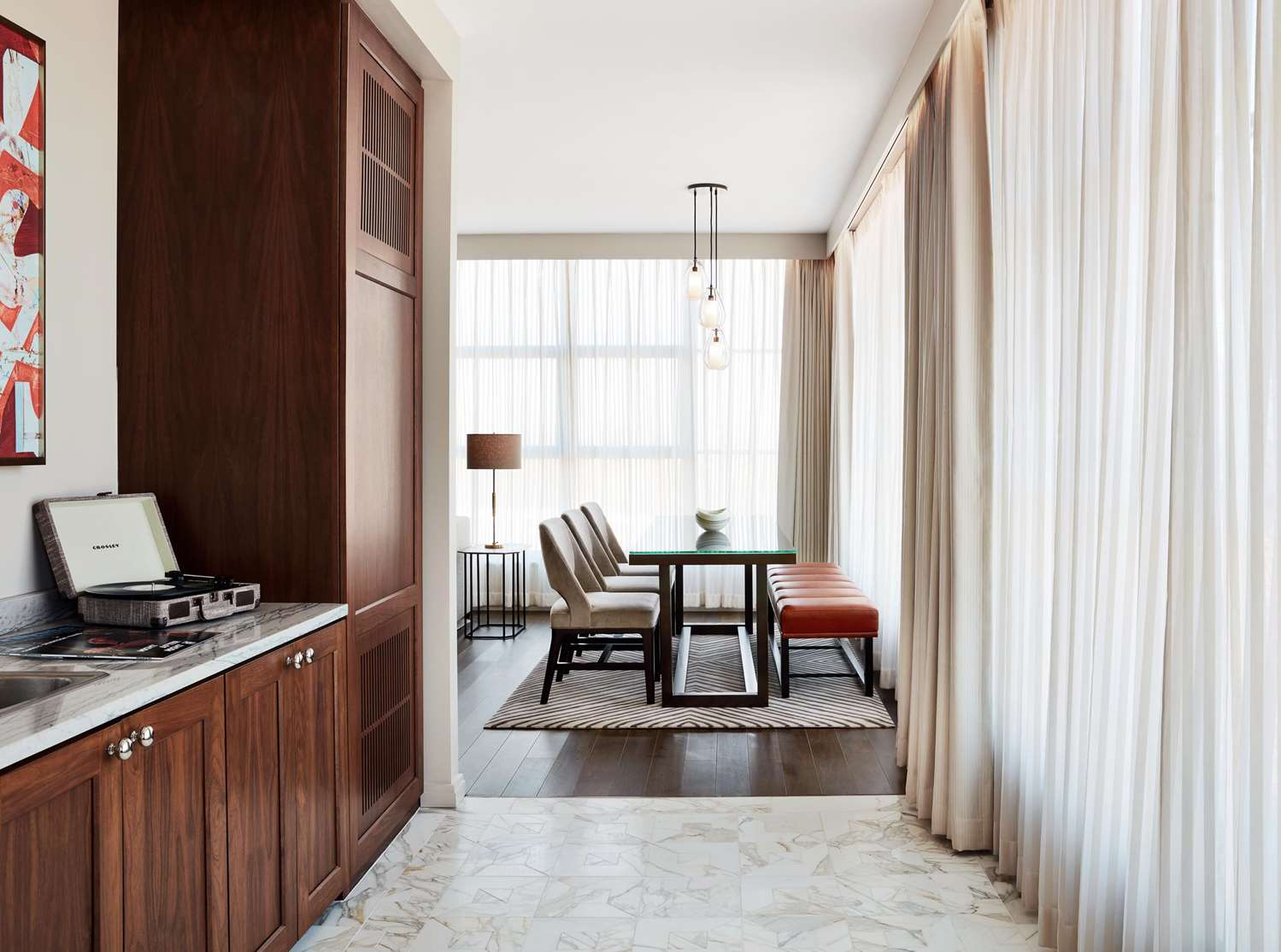 Room - Sophy Hotel Hyde Park Chicago