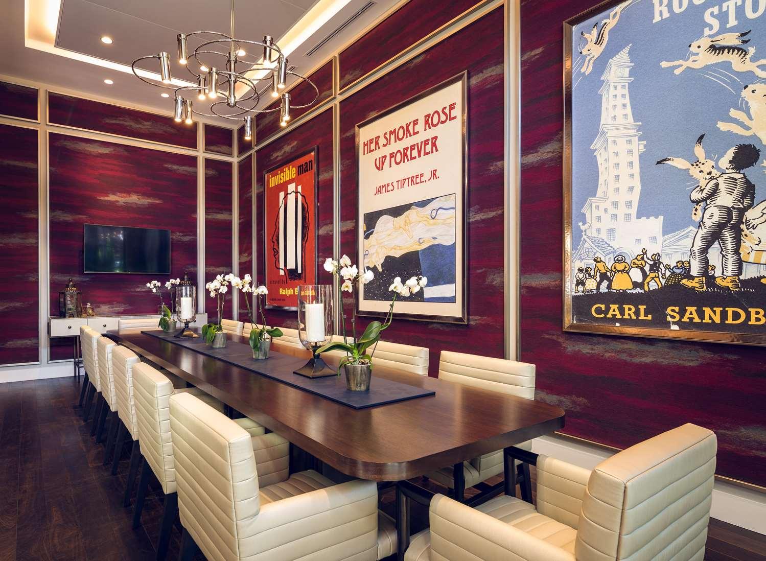 proam - Sophy Hotel Hyde Park Chicago