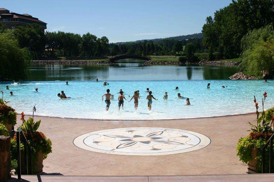 Pool - Broadmoor Resort Hotel Colorado Springs