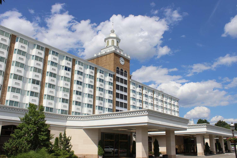 Exterior view - Garden City Hotel