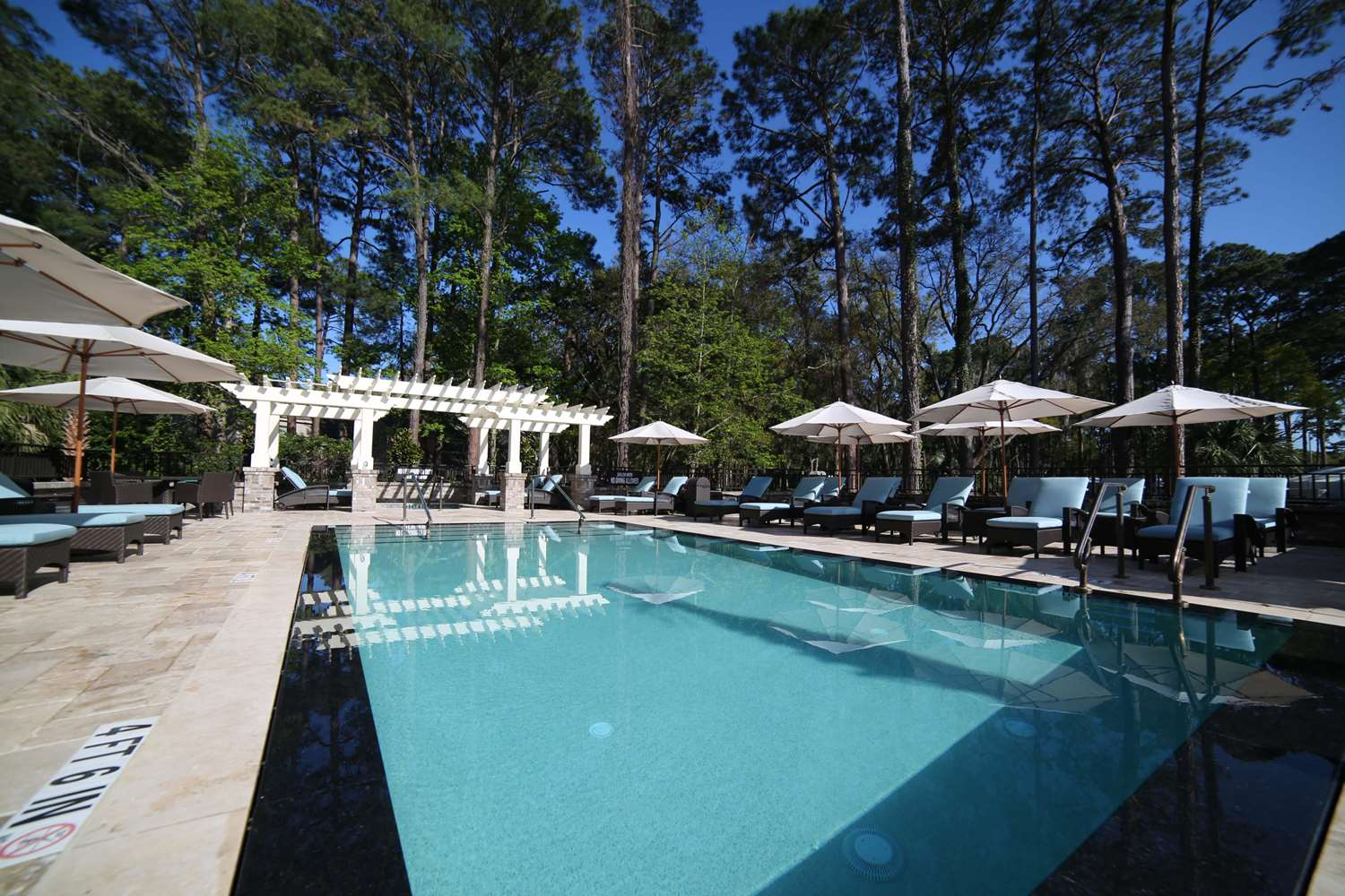 Pool - Inn at Harbour Town Hilton Head Island