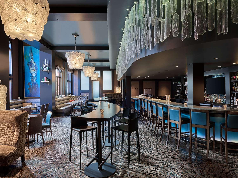 Bar - Sebastian Hotel Vail