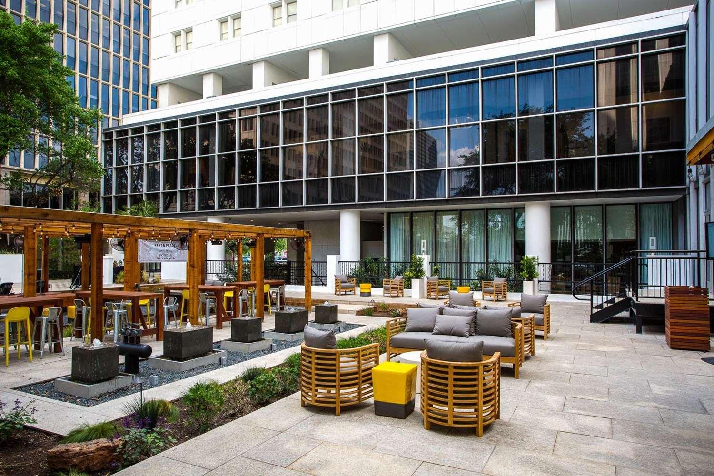 Exterior view - Whitehall Hotel Downtown Houston