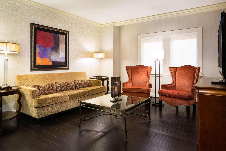 Room - Whitehall Hotel Downtown Houston