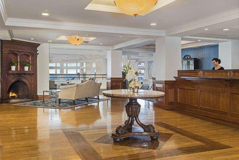 Lobby - Waters Edge Resort & Spa Westbrook