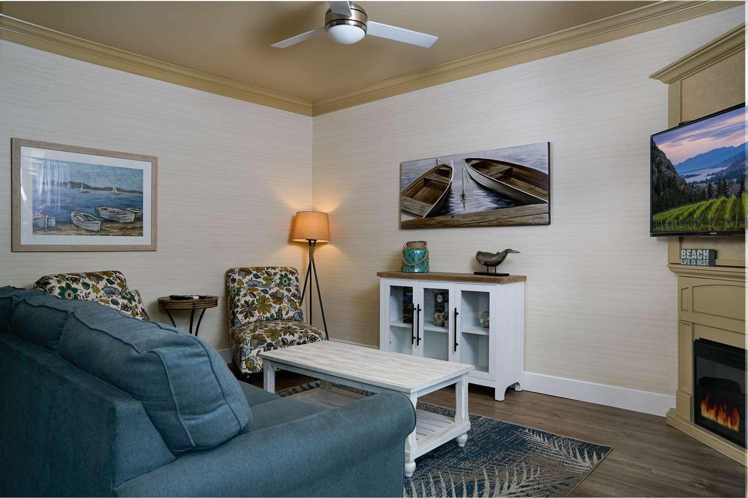 Suite - Prestige Beach House Kelowna