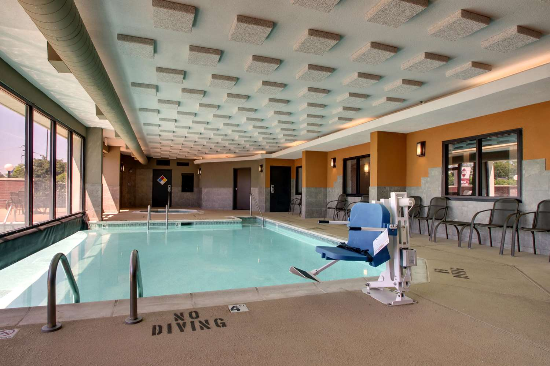 Pool - Drury Inn & Suites Greensboro