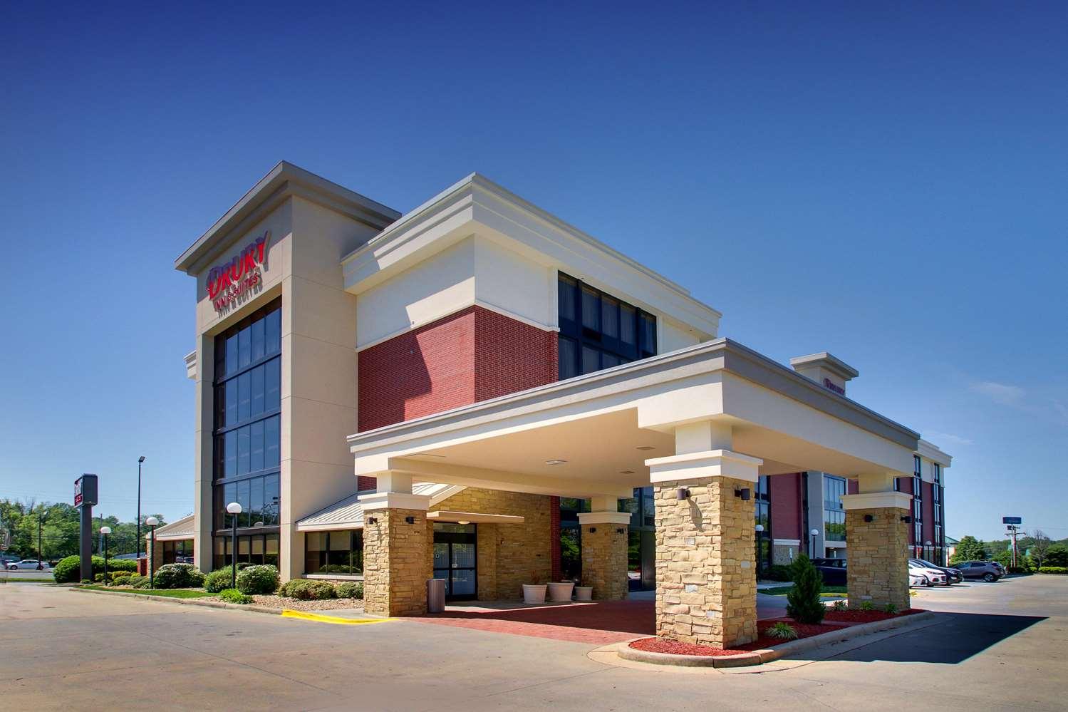 Exterior view - Drury Inn & Suites Greensboro
