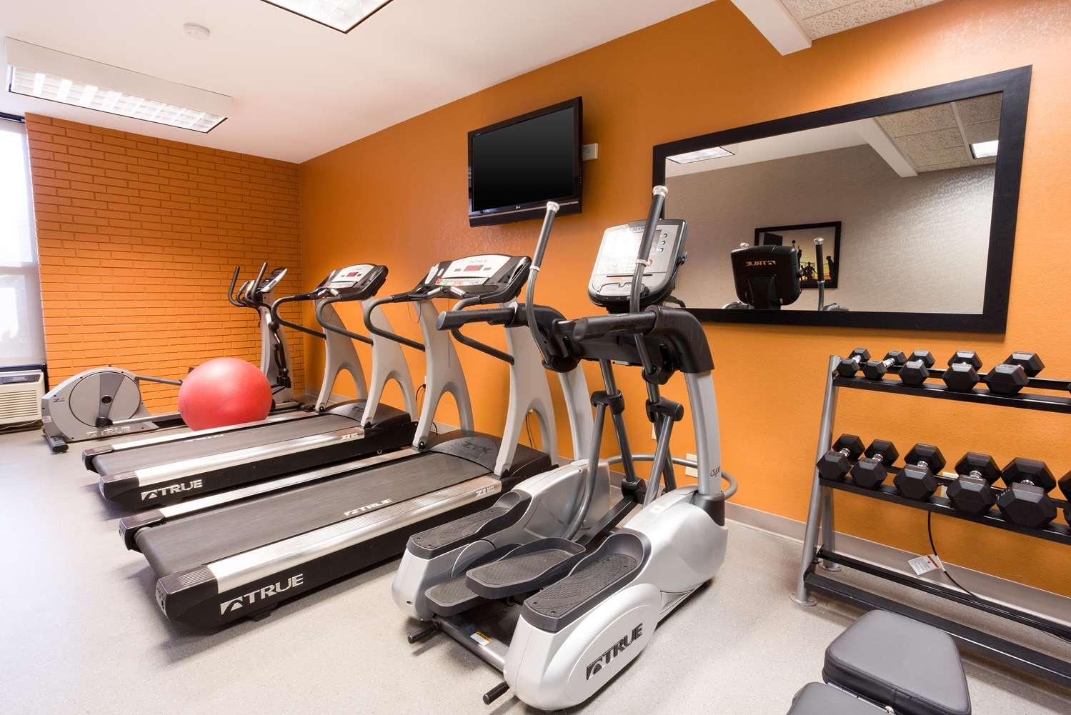 Fitness/ Exercise Room - Drury Inn & Suites Greensboro