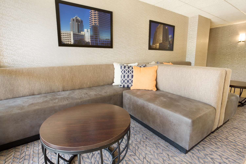 Lobby - Drury Inn & Suites Greensboro