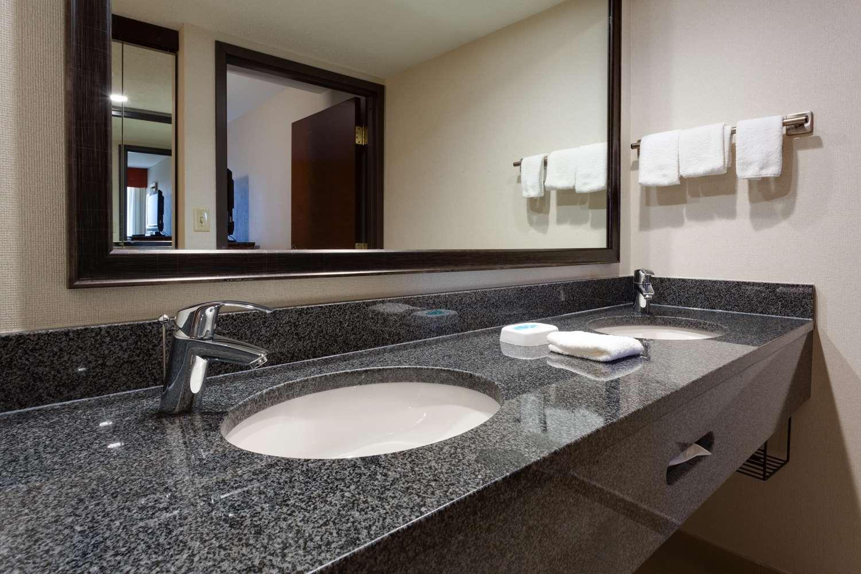 Room - Drury Inn & Suites Tech Center Englewood