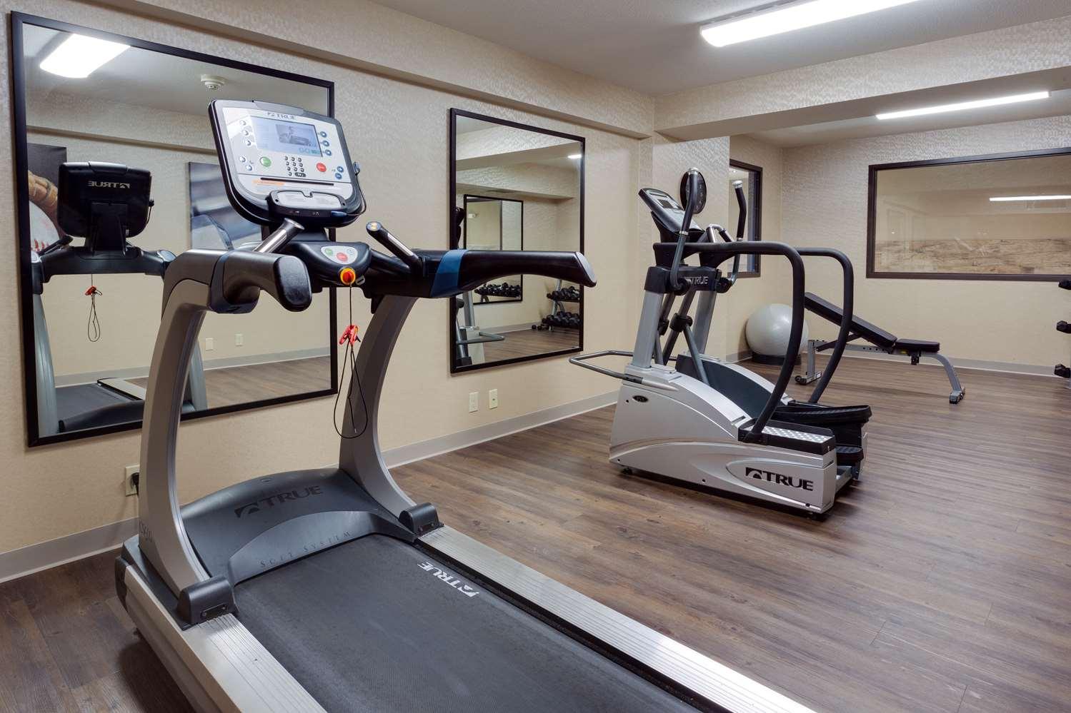 Fitness/ Exercise Room - Drury Inn Merriam