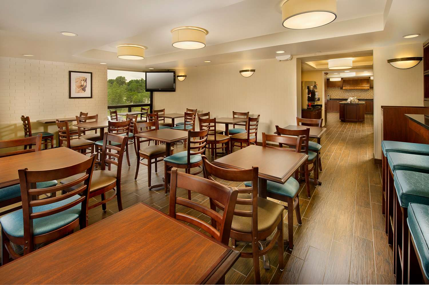 Restaurant - Drury Inn & Suites Stadium Kansas City