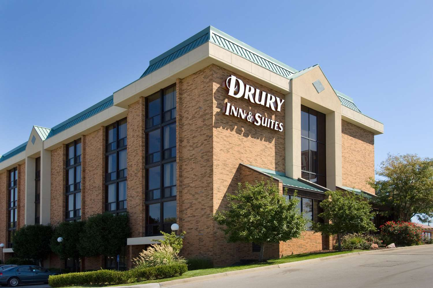 Exterior view - Drury Inn & Suites Stadium Kansas City