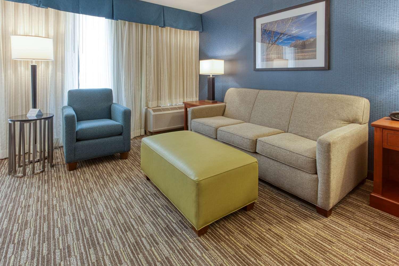 Room - Drury Inn & Suites Fenton