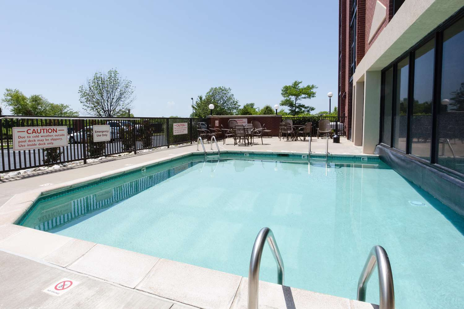Pool - Drury Inn & Suites Airport Kansas City