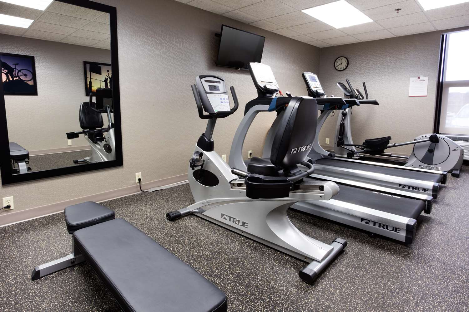 Fitness/ Exercise Room - Drury Inn & Suites Airport Kansas City