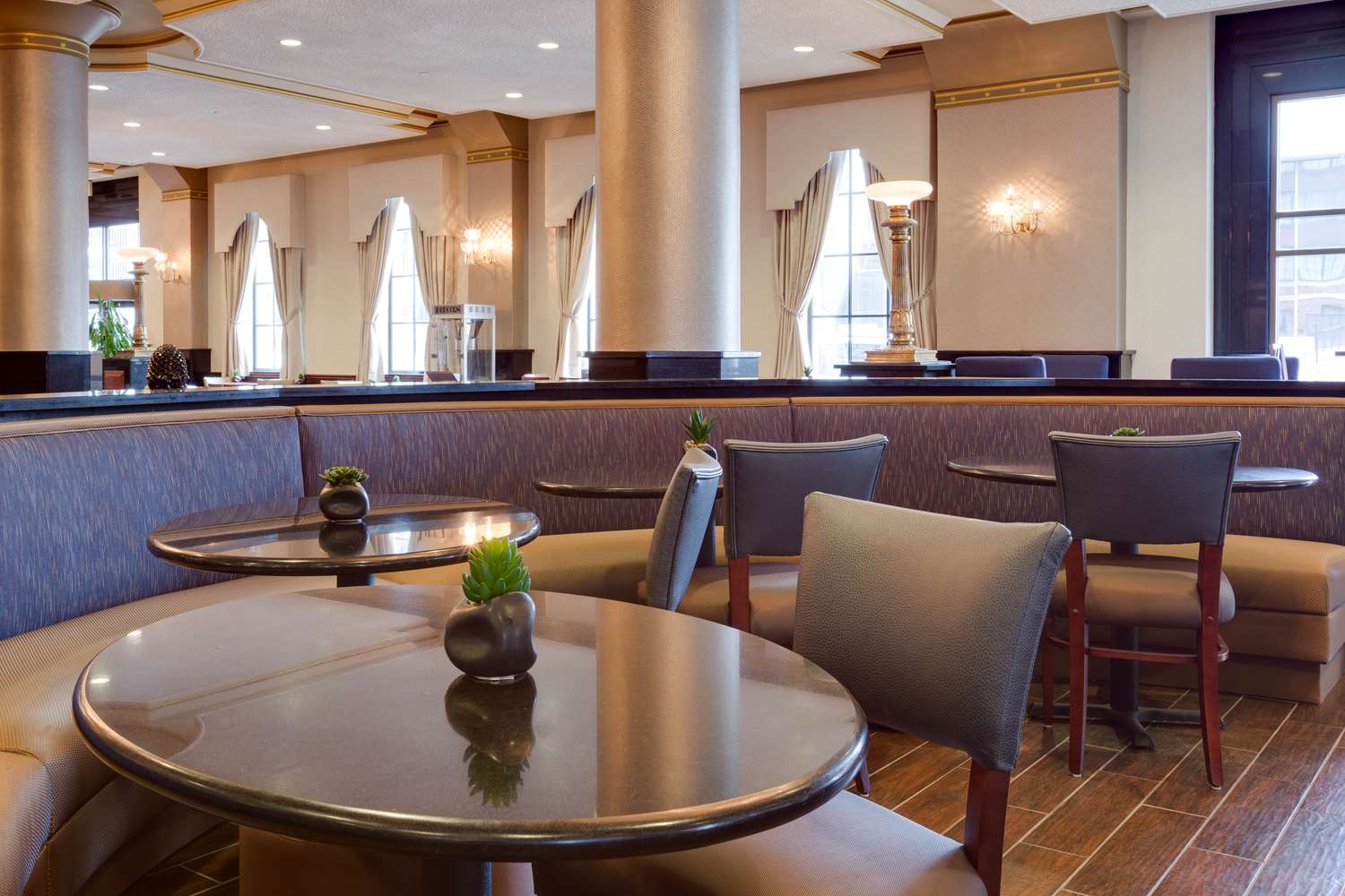 Restaurant - Drury Plaza Hotel at the Arch St Louis