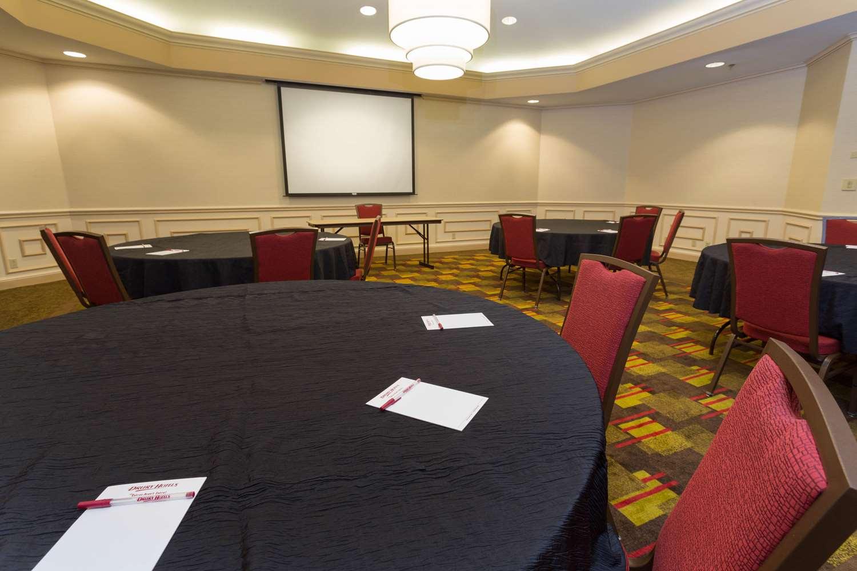 Spa - Drury Inn & Suites Convention Center Columbus