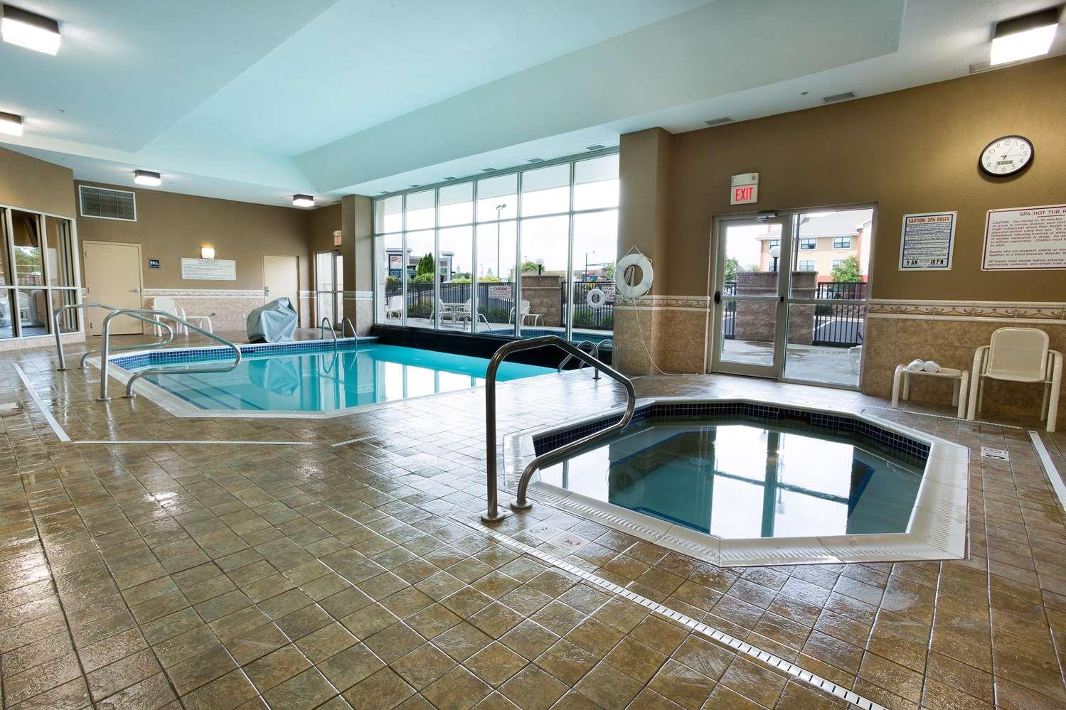 Pool - Drury Inn & Suites North Dayton