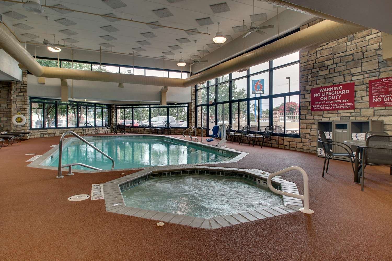 Pool - Drury Inn & Suites Northwest San Antonio