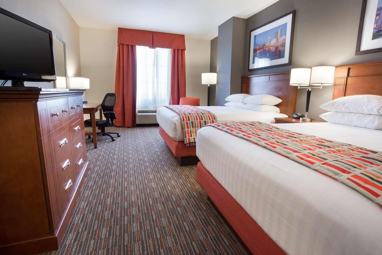 Room - Drury Inn & Suites South Grove City