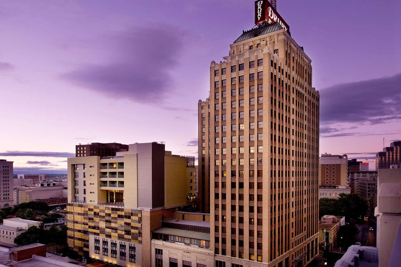 Exterior view - Drury Plaza Hotel Riverwalk San Antonio