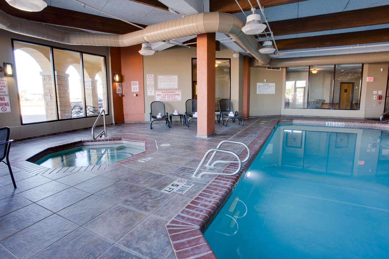 Pool - Drury Inn & Suites Amarillo