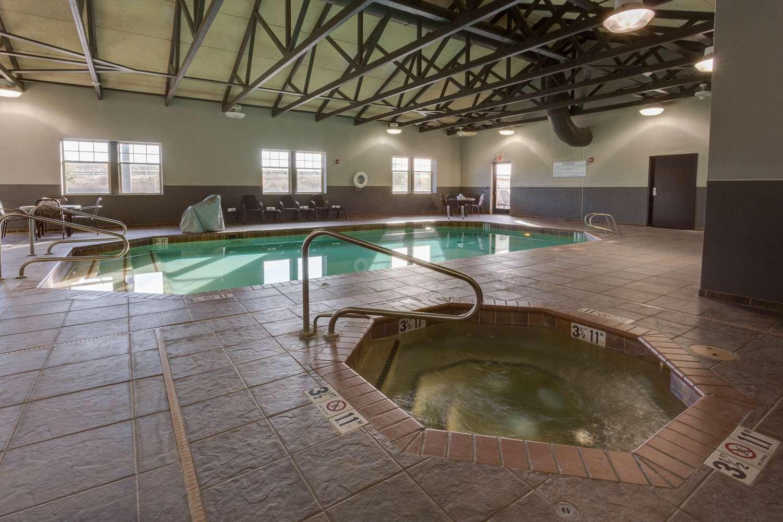 Pool - Drury Inn & Suites Las Cruces