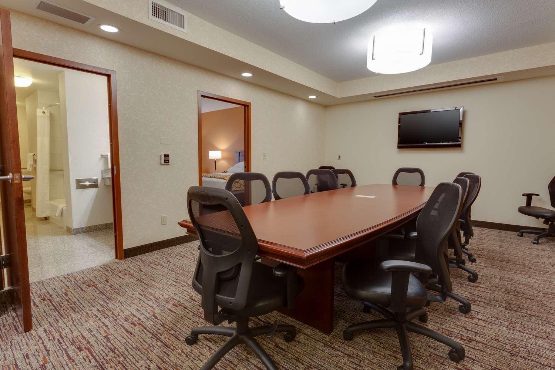 Room - Drury Inn & Suites Baton Rouge