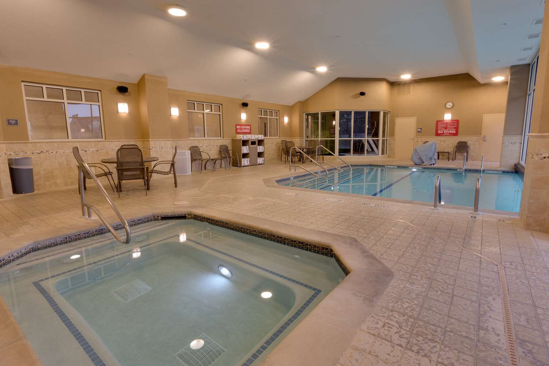 Pool - Drury Inn & Suites Baton Rouge