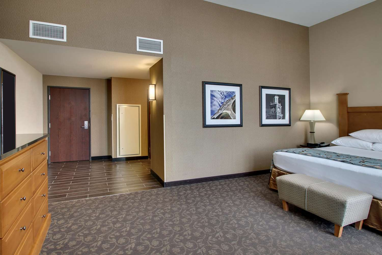 Room - Drury Plaza Broadview Hotel Wichita