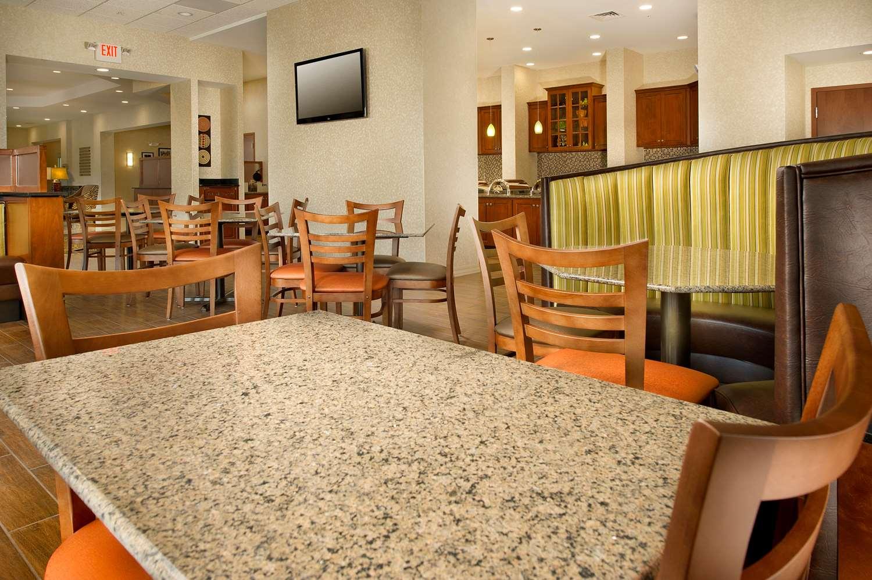 Restaurant - Drury Inn & Suites Westminster