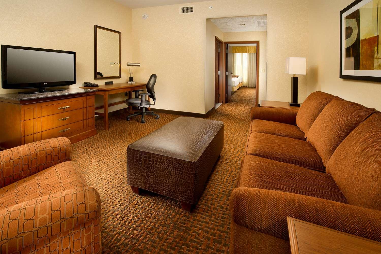 Room - Drury Inn & Suites Westminster