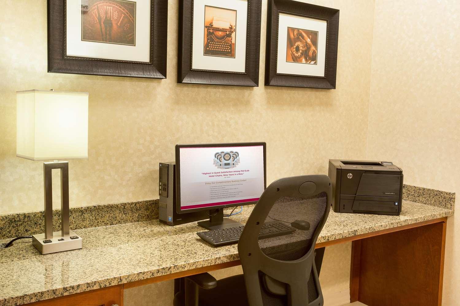 Conference Area - Drury Inn & Suites Stapleton Denver