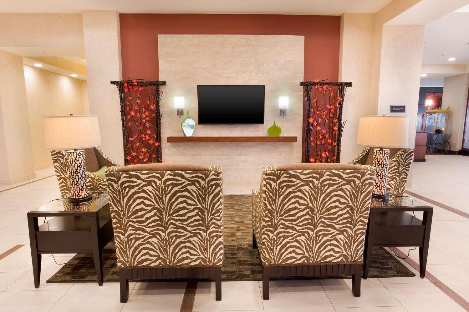 Lobby - Drury Inn & Suites Stapleton Denver