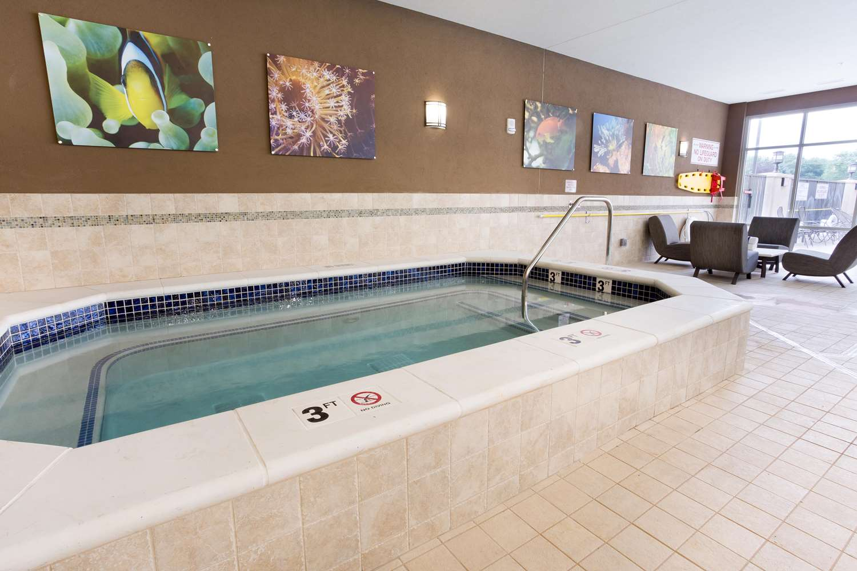 Pool - Drury Plaza Hotel Indianapolis